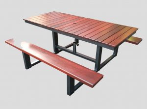 3T outdoor table wheelchair access