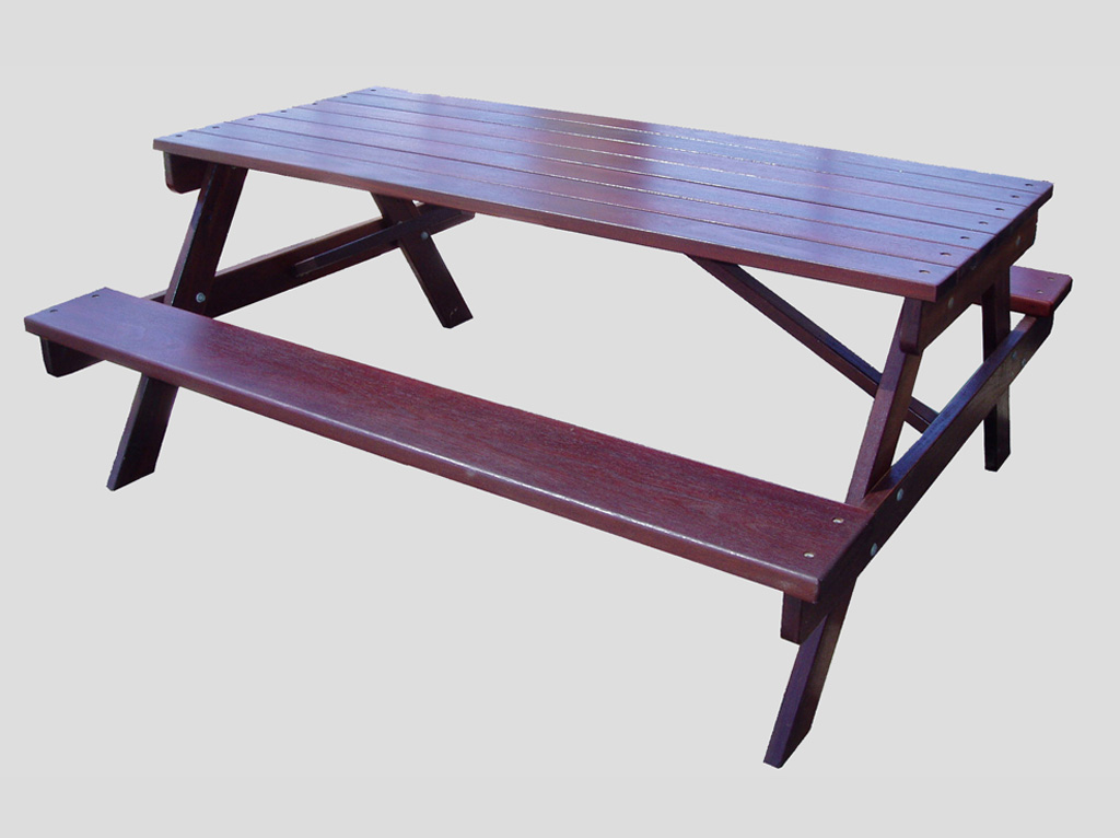 Jarrah Picnic Table outdoor