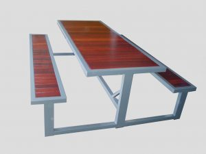 3T outdoor table recessed jarrah top